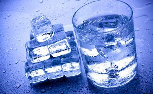 польза талой воды для растений