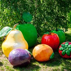 Садовые фигуры овощей, фруктов, ягод