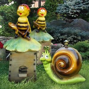 Садовые фигуры улиток и пчел
