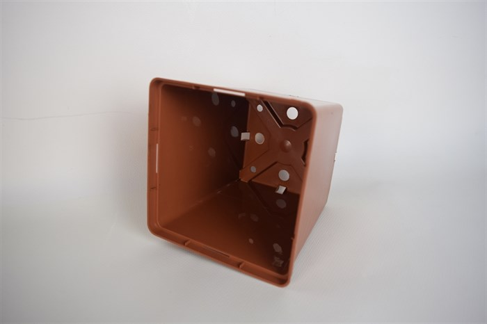 Горшок для рассады 13*13 1,6л квад. коричневый - фото 52828