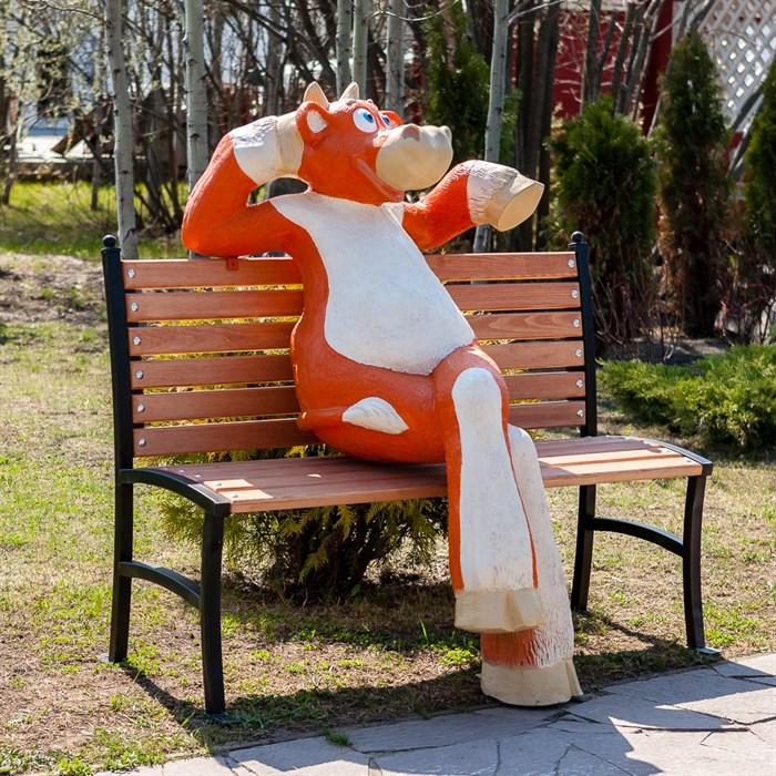 Корова на лавочке - фото 54629