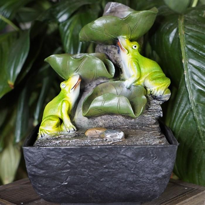 Фонтан настольный с подсветкой Лягушки с шаром Грин Эпл - фото 55124