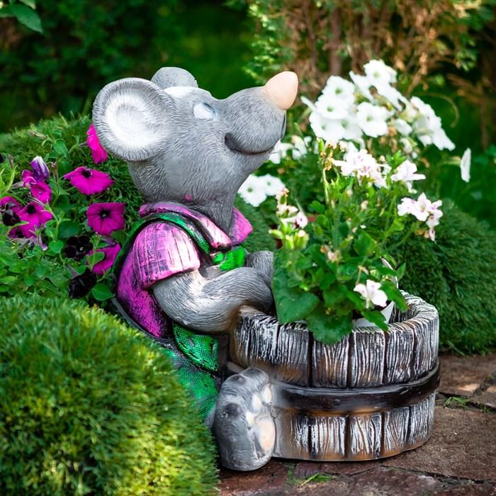 Фигура Крыс с кадкой спереди - фото 63275