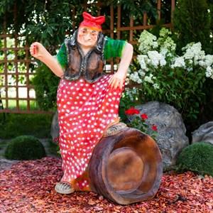 Фигура Баба-Яга на ступе