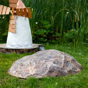 Фигура Камень средний F03135