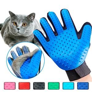 Перчатка резиновая для шерсти кошек