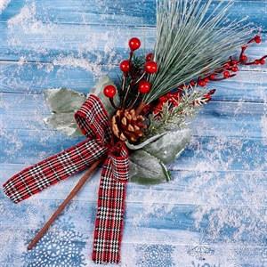Ветка декор Зимнее очарование шишка,ягоды,хвоя,бантик 28см