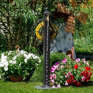 Колонка садовая металл черная 54-636