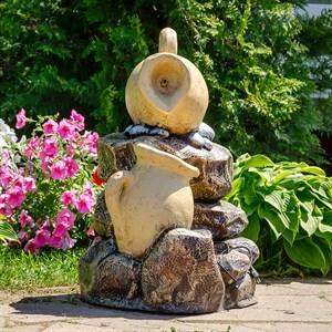 Фонтан Кувшины на камне