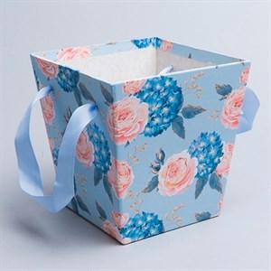 Коробка для цветов Трапеция 15*14,5*11см цветы на голубом