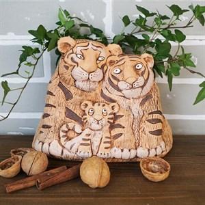 Кашпо Тигры семья 18*22*14 1,3л