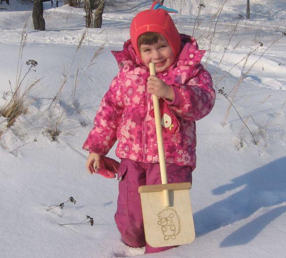 Как сделать детскую лопатку для снега